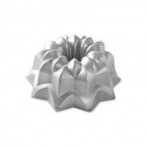 Star Bundt Pan