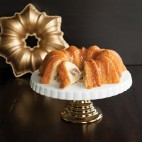 Solera bundt pan gold