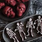 Spooky skeleton Pan